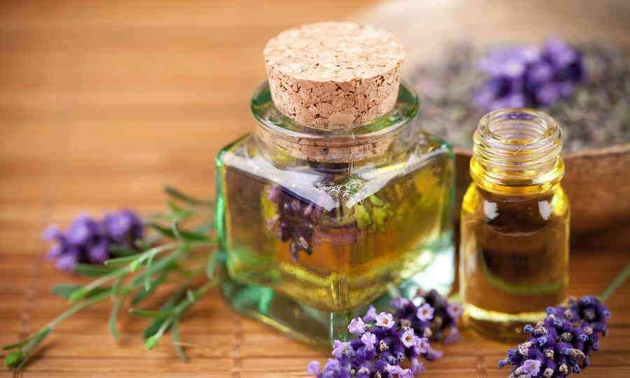 bigstock-Lavender-cosmetic-14467514-900x540