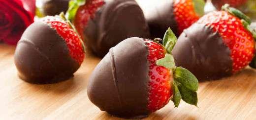 chocolate-dipped-strawberries
